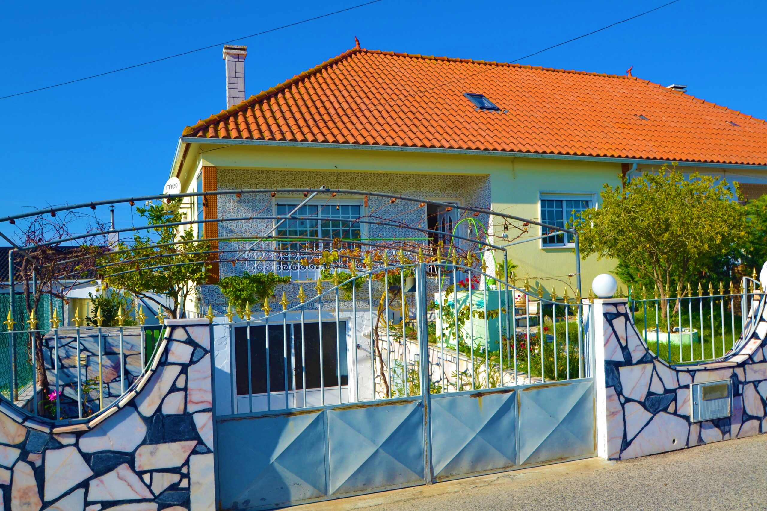 Traditional house Dunas with outdoor space in a quiet area in Sao Martinho do Porto